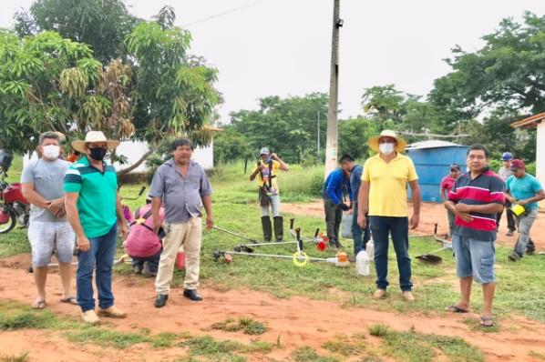Prefeitura intensifica serviços de limpeza em todo o Município